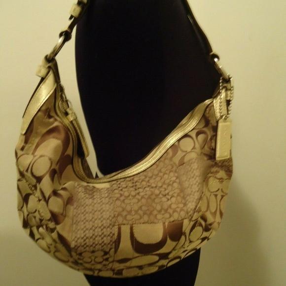073d835ca19 Coach Bags   Authentic Soho Jacquard Canvas Leather Hobo   Poshmark